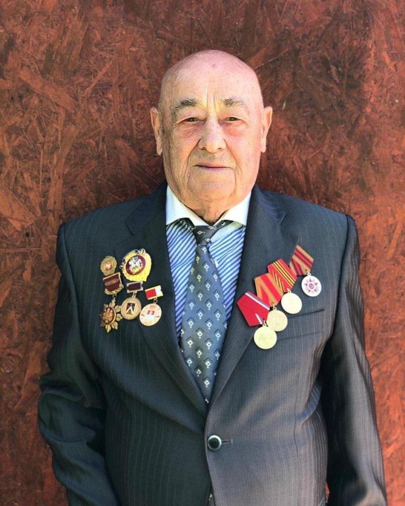 90-летний юбилей отмечает Серафим Фёдорович